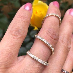 Jewelry - 14K Yellow Gold Diamonds 💎 Ladies 3 Hoops Ring